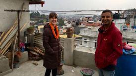 Auf der Terrasse von Prakritis Eltern